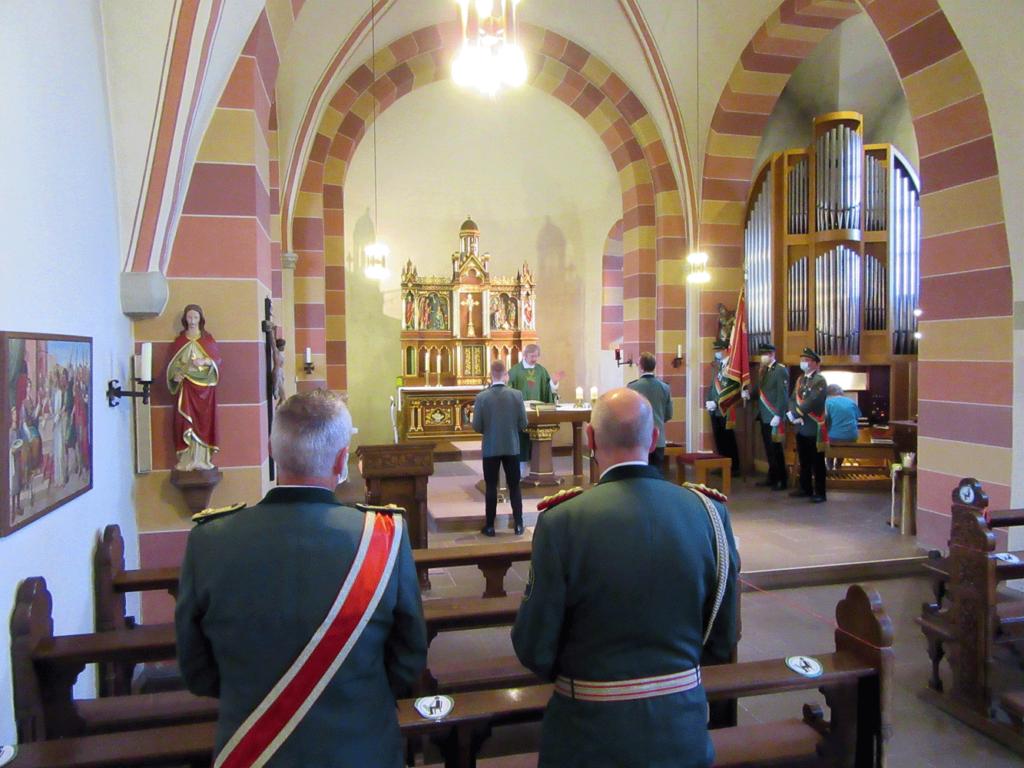 Schützenmesse in der St. Georg Kirche Altenheerse